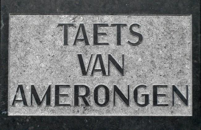 Herinneringsstenen voor begraafplaats in Baarn